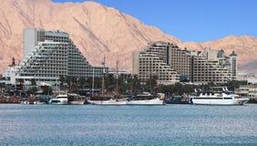 Vue sur des hôtels de ressource dans la ville d'Eilat, Israël Image libre de droits
