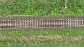 Vue sur des lignes de voie de chemin de fer clips vidéos