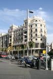 Vue sur Gran par l'intermédiaire de rue à Madrid Images libres de droits