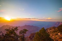 Vue sur Grand Canyon au coucher du soleil Photos stock