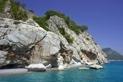 Vue sur l'île turque près de Belek Photographie stock libre de droits