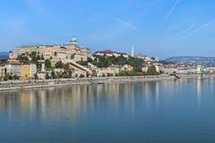 Vue sur la colline de château d'Elisabeth Bridge à Budapest, Hongrie Images libres de droits