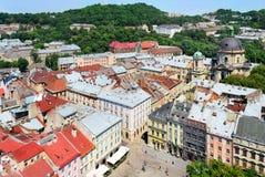 Vue sur la partie centrale de Lviv et de la place du marché Photos stock