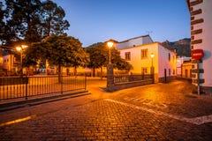 Vue sur la place centrale en ville de San Bartolome De Tirajana Images stock