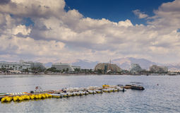 Vue sur la plage centrale d'Eilat Photo stock