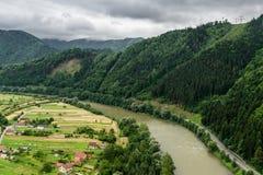 Vue sur la rivière Vah Photographie stock