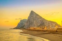 Vue sur la roche du Gibraltar sur le coucher du soleil Image stock