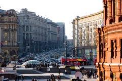 Vue sur la rue de Tverskaya Photo stock