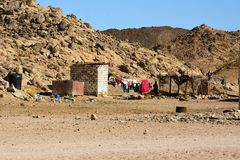 Vue sur la vieille maison des bédouins photos stock