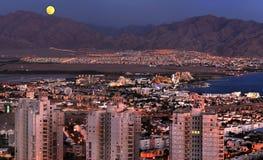 Vue sur la ville d'Eilat des côtes environnantes, Israël Images stock