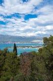 Vue sur la ville de Kastela photos stock