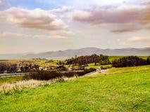 Vue sur la ville de Mosty u Jablunkova et Beskids silésien Photographie stock