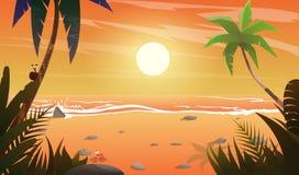 Vue sur le coucher du soleil à la plage Image stock