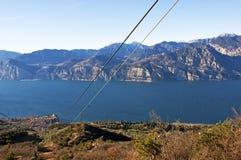 Vue sur le lac du funiculaire. Image libre de droits