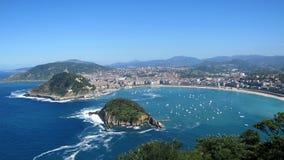 Vue sur le port de San Sebastian Photographie stock