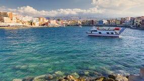 Vue sur le port vénitien dans Chania, Crète, Grèce Image libre de droits