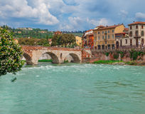 Vue sur Ponte Pietra Image stock