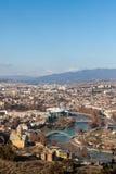 Vue sur Tbilisi près de monastère du Thabor Photos libres de droits