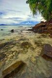 vue tropicale de mer de plage Photographie stock