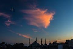 Vue urbaine crépusculaire de secteur historique de ville d'Istanbul image stock