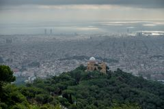 Vue vers Barcelone Images stock