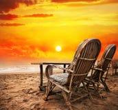 Vue vers l'océan de coucher du soleil Photographie stock libre de droits