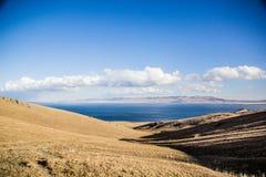Vue vers le lac Kol de chanson Photographie stock libre de droits