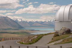 Vue vers le lac Tekapo de Mt John Observatory Photo libre de droits