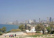 Vue vers Tel Aviv moderne de vieux Yaffo, Israël photos libres de droits