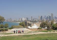 Vue vers Tel Aviv moderne de vieux Yaffo, Israël images libres de droits