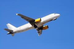 Vueling Airbus A320 Imágenes de archivo libres de regalías
