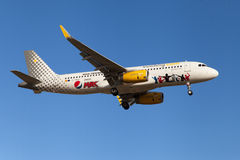 Vueling Airbus A320 Pepsi Max Livery Royalty Free Stock Photos