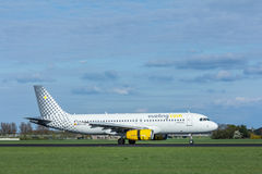 VUELING COM Airbus a320 200, aterrissagem de aviões Imagem de Stock Royalty Free