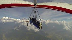 Vuelo de ala delta a Annapurna almacen de video