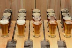 Vuelo de la cerveza Fotos de archivo libres de regalías