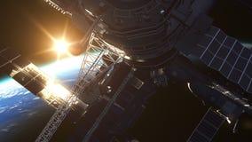 Vuelo de la estación espacial en el fondo del sol naciente ilustración del vector