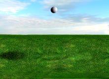 Vuelo de la pelota de golf foto de archivo libre de regalías