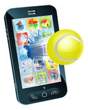 Vuelo de la pelota de tenis fuera del teléfono móvil Foto de archivo libre de regalías