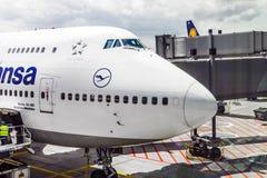 Vuelo de Lufthansa listo para dirigir Fotos de archivo