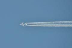 Vuelo de An-225 Mriya Imágenes de archivo libres de regalías
