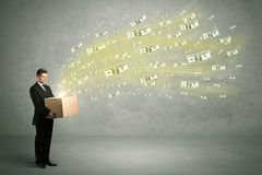 Vuelo del dinero del concepto de la caja Imagen de archivo libre de regalías