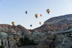Vuelo del globo del aire caliente sobre Cappadocia Fotografía de archivo