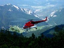 Vuelo del helicóptero Fotos de archivo