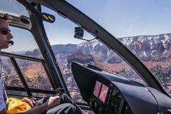 Vuelo del helicóptero Foto de archivo libre de regalías