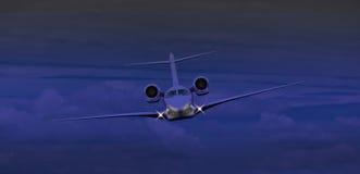 Vuelo del jet privado en la noche Imagen de archivo