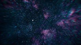 Vuelo espacial simulado a través de las estrellas grandes dispersadas Espacio exterior con los racimos grandes de estrellas almacen de metraje de vídeo