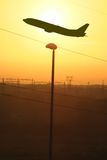 Vuelo industrial de la puesta del sol Imágenes de archivo libres de regalías