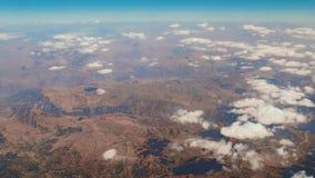 Vuelo sobre los paisajes de Oriente Medio almacen de metraje de vídeo
