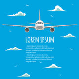 Vuelos comerciales en aeroplanos Imagen de archivo libre de regalías