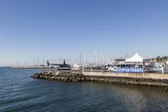Vuelos del helicóptero del puerto deportivo del ` s de Geelong Foto de archivo